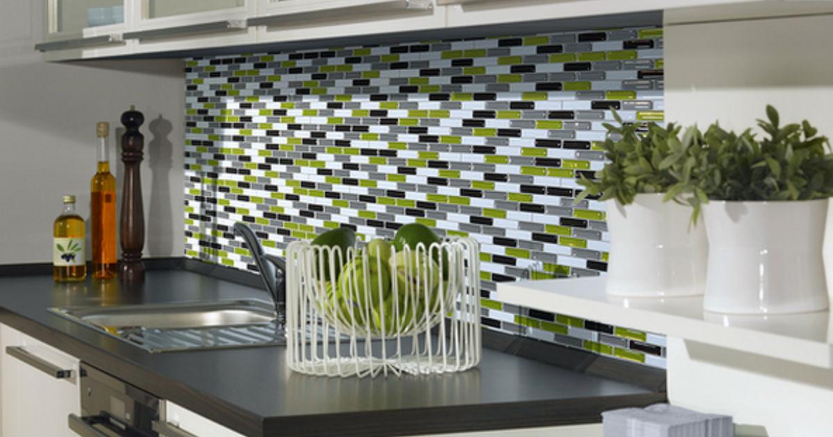 30 kitchen makeover ideas diy tutorials paint build hang - Credence cuisine autocollante ...