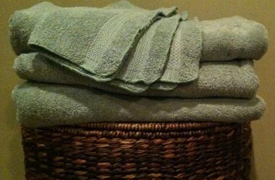 jm-allcreated-stain-laundry-hacks-solutions-9