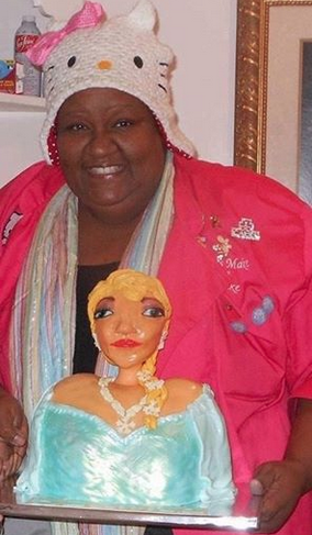 jm-all-created-ugly-elsa-cake-debate-2