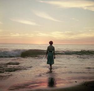 jm-allcreated-mystery-woman-in-water-VA-3
