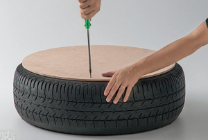 jm-allcreated-DIY-tire-into-rope-ottoman-4