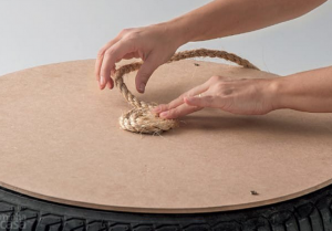 jm-allcreated-DIY-tire-into-rope-ottoman-6