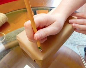 jm-allcreated-wrapping-paper-decor-DIY-hack-pencil-eraser-3
