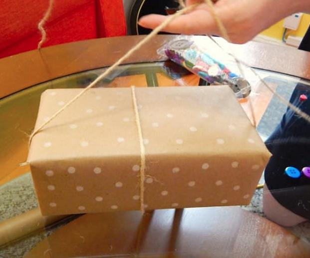 jm-allcreated-wrapping-paper-decor-DIY-hack-pencil-eraser-5