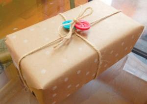 jm-allcreated-wrapping-paper-decor-DIY-hack-pencil-eraser-7