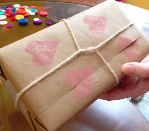jm-allcreated-wrapping-paper-decor-DIY-hack-pencil-eraser-12