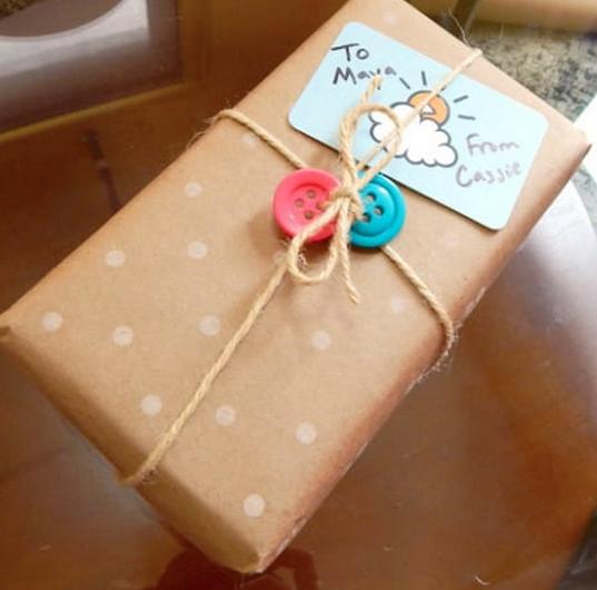 jm-allcreated-wrapping-paper-decor-DIY-hack-pencil-eraser-13
