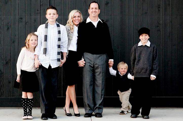 Jm Allcreated Family Photo Poses Ideas 4