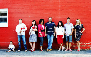 jm-allcreated-family-photo-poses-ideas-22