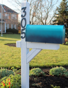 jm-allcreated-mailbox-makeover-DIY-3