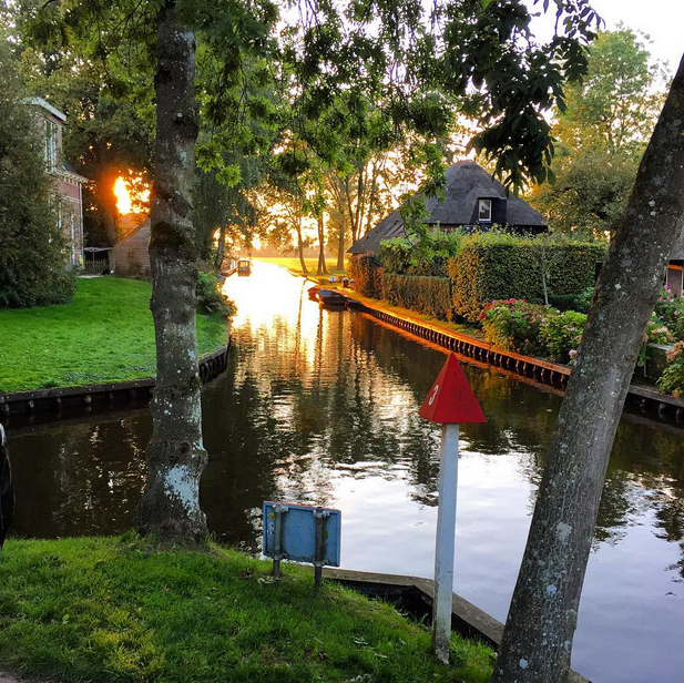jm-allcreated-town-holland-streets-water-5