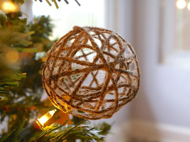 Glitter Twine Ornament