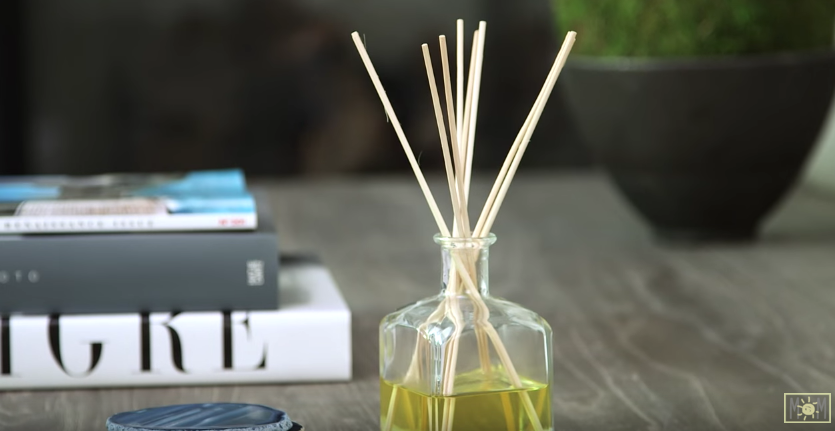 homemade-oil-diffusers - AllCreated