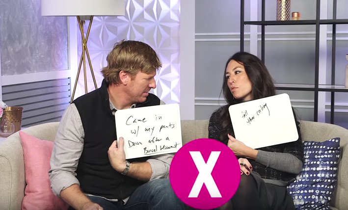 Fixer upper couple play newlywed game chip joanna gaines for How much do chip and joanna make on fixer upper