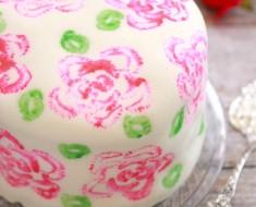 All Created - decorate a cake using celery sticks