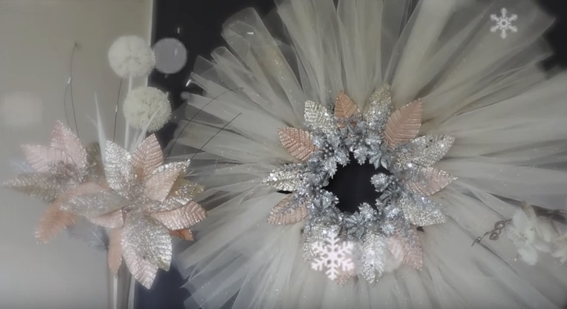 All Created - Beautiful and Cheap Tulle Christmas Wreath