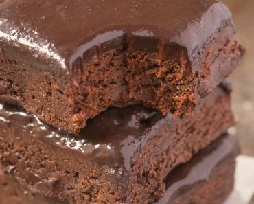 All Created - Healthy No Bake Breakfast Brownies