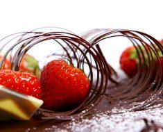 All Created - Beautiful Chocolate Garnishes
