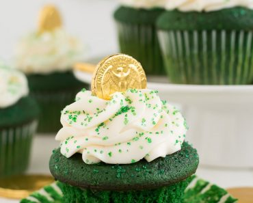 All Created - Green Velvet Cupcakes