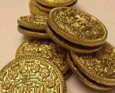 All Created - St. Patrick's Day Gold Coins Oreos