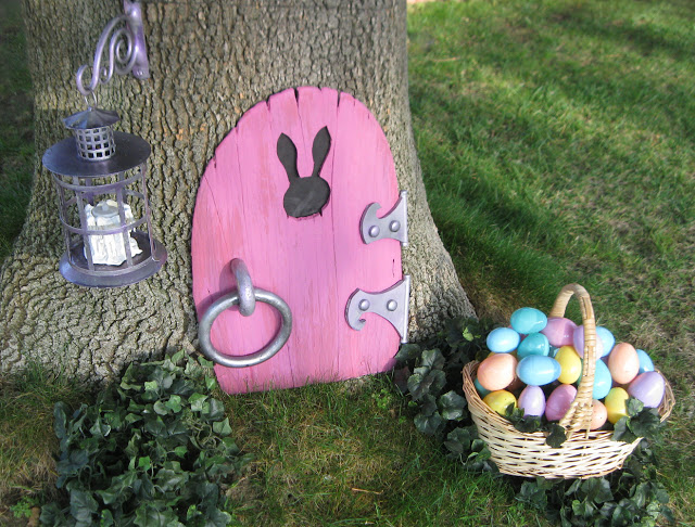 13 Cute And Thrifty DIY Easter Crafts For Your Home _ bunny gnome door _ all created