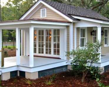 12 Surprising Granny Pod Ideas for the Backyard _ pod with porch _ allcreated