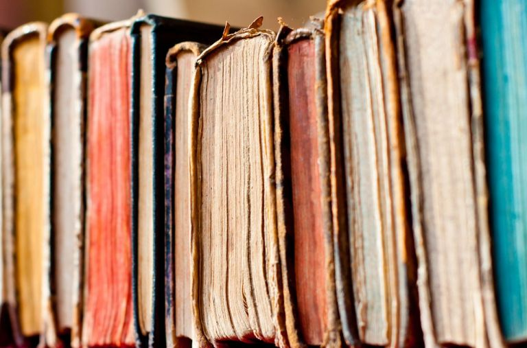 Disposable Silica Beads _ smelly old books _ allcreated