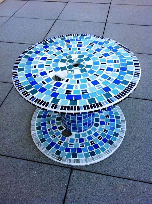 upcycled wooden cable spools _mosaic garden table_allcreated