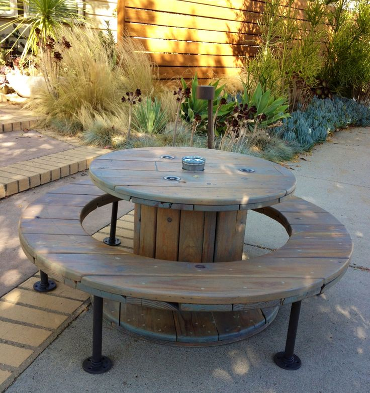 1 Upcycled Wooden Cable Spools Picnic Table