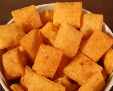 Easy Cheesy Crackers With A Spicy Kick Are The Perfect Snack _ all created