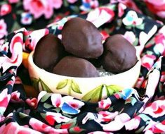 Chocolate Cheesecake Easter Eggs _ all created