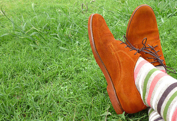 12 DIY to Make Your Beat-up Shoes Look Cool Again _ Dyed Suede _ all created