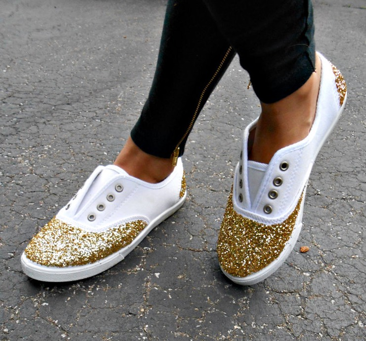 12 DIY to Make Your Beat-up Shoes Look Cool Again _ Glitter Sneakers _ all created