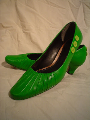 12 DIY to Make Your Beat-up Shoes Look Cool Again _ green paint _ all created