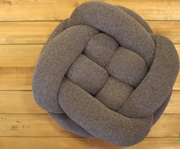 allcreated - diy knot throw pillow