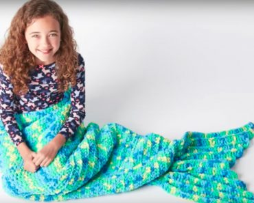 allcreated - diy mermaid blanket