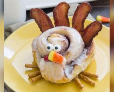 allcreated - cinnamon roll turkeys