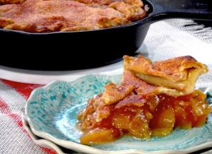 allcreated - cast iron skillet apple pie